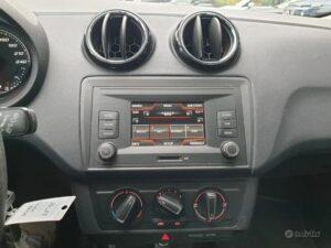 Seat Ibiza 1.4 TDI 75 CV in vendita dettaglio autoradio